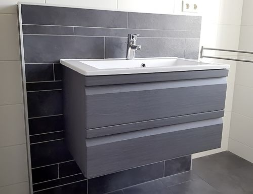 Betegelen badkamer en toilet